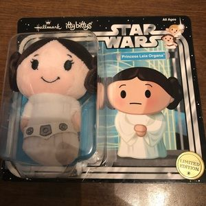 Itty Bitty hallmark princess 👑 Leia